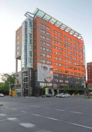 hotel zero1 montreal extérieur