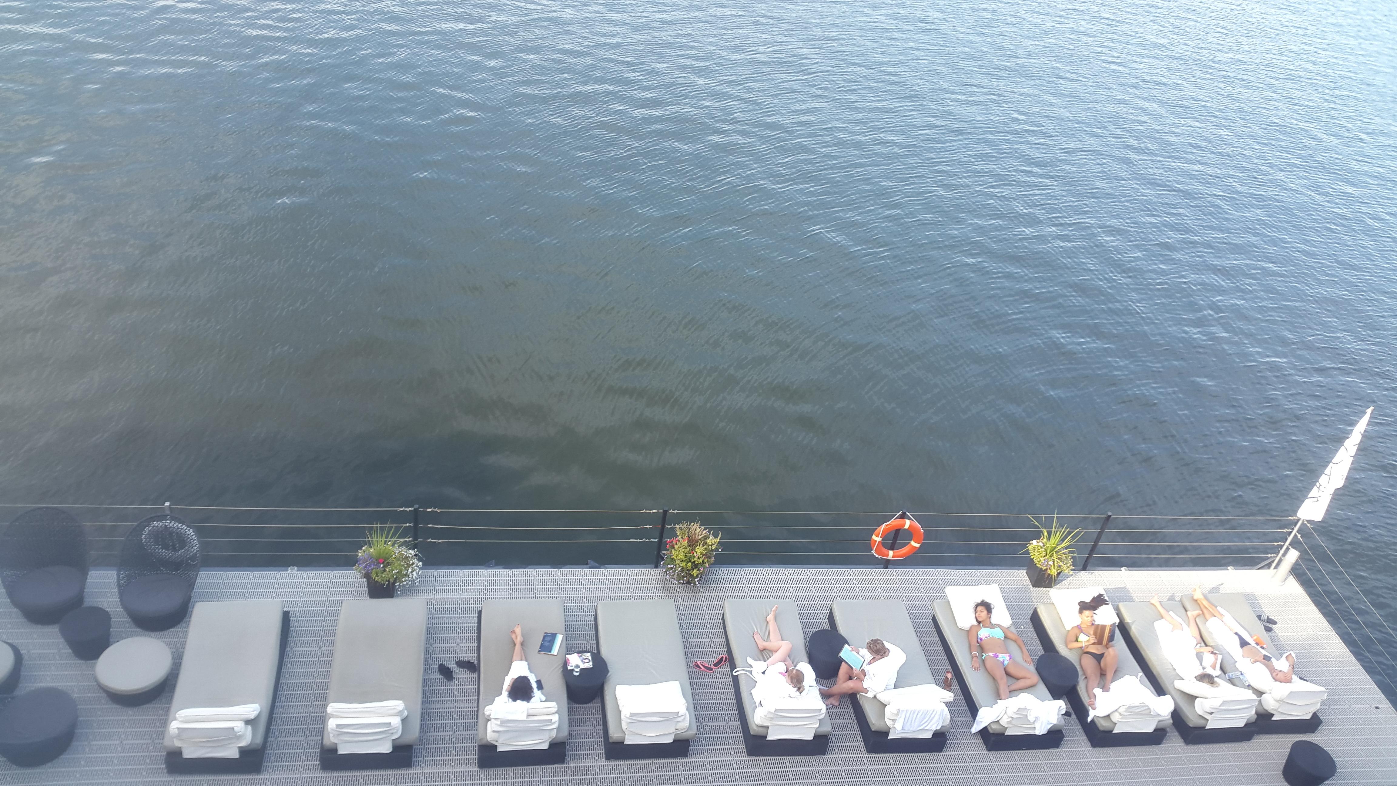 Un Spa sur l'eau à Montréal avec vue !