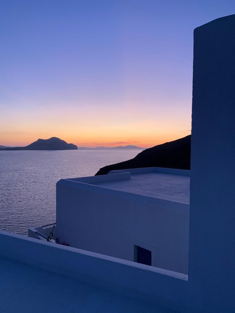 vue-amorgos-nikouria-sunset-calme-vue
